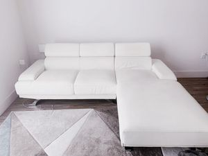 White leather LHS extension couch with adjustable back support of potterybarn for Sale in Redwood City, CA