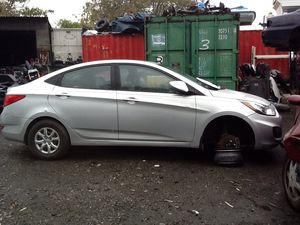 2010 Hyundai Accent PARTS for Sale in Philadelphia, PA
