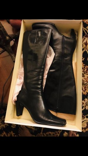 Enzo Angiolini Marline Thigh High Boot size 7.5 for Sale in Naperville, IL