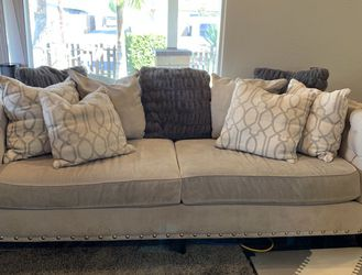Gray Couch Sofa And Love Seat for Sale in Newport Beach,  CA