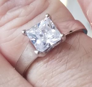 2ct. Princess cut wedding ring..... Size 6 to 6.25 for Sale in Riverside, CA