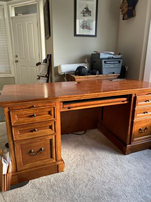 Solid wood desk for Sale in Battle Ground, WA