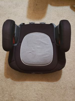 Neutral booster seat for Sale in Clearwater, FL