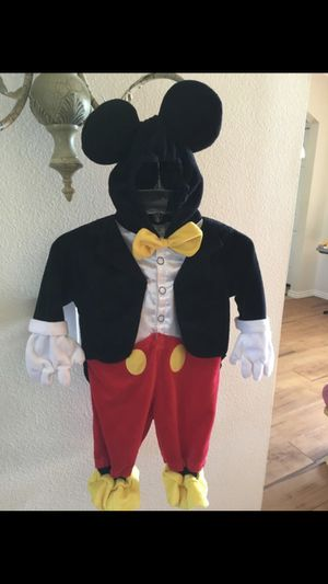 Mickey Costume for Sale in Kissimmee, FL