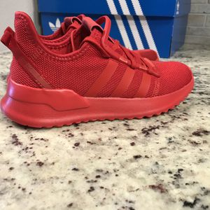 🆕 BRAND NEW Adidas Shoes for Sale in Dallas, TX