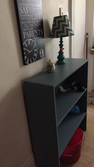3 Shelved bookcase for Sale in Pittsburgh, PA