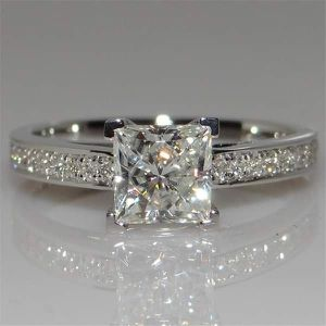 (FREE SHIPPING) Brand New Silver Square Diamond Engagement Ring Set Woman's Jewelry Wedding Band for Sale in Richmond, VA