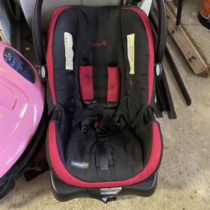 Safety First Infant Car Seat for Sale in East Brunswick, NJ