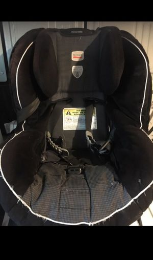 Britax Black and Gray Car Seat in a very good conditions for Sale in Philadelphia, PA