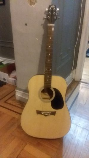 Peavy acoustic guitar for Sale in Brooklyn, NY