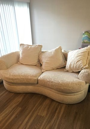 Free Sofa(Needs Cleaning) for Sale in Syracuse, UT