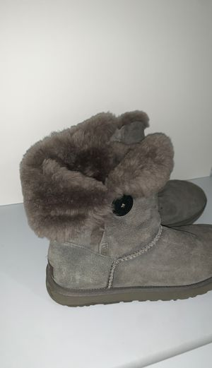 Ugg brand size 10 boots for Sale in Haledon, NJ