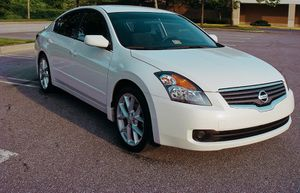 Clean engine 2007 Nissan Altima Good tires for Sale in Cambridge, MA