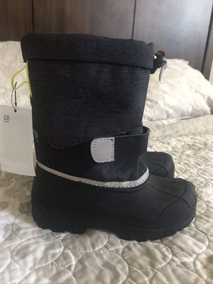 Snow boots kids for Sale in Downey, CA