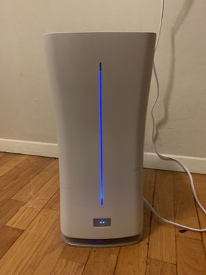 Eva Stadler Form Humidifier ($200 Retail Value) for Sale in New York, NY