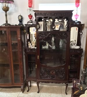 ANTIQUE 1800's ETAGERE CURIO CABINET. for Sale in Tampa, FL