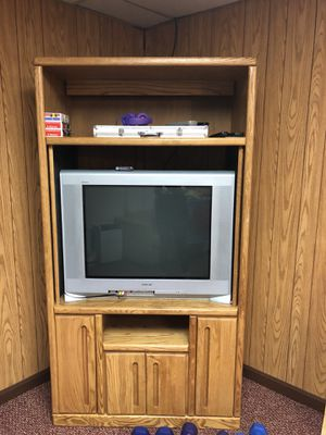 TV and Entertainment Center FREE for Sale in Waltham, MA