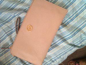 Michael kors mini purse for Sale in Detroit, MI