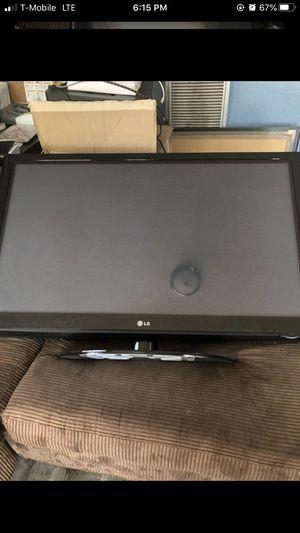 LG 50 inch tv for Sale in Pasadena, CA