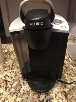 Coffee maker, with glass jar ,An extra K cups for Sale in Chandler, AZ