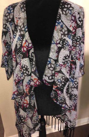 New women's Small (size 0-12) Lularoe fringe festive Monroe kimono top for Sale in Pinellas Park, FL
