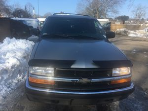 2000 Chevy blazer 4wd 127k for Sale in Watertown, MA