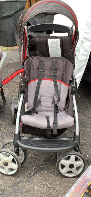 Double stroller for Sale in Livonia, MI