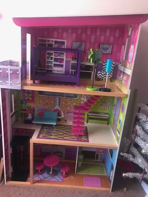 Doll house for Sale in Lincoln, NE