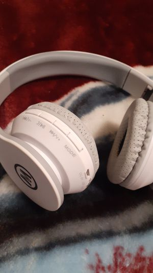 Makota bluetooth headphones for Sale in Oregon City, OR