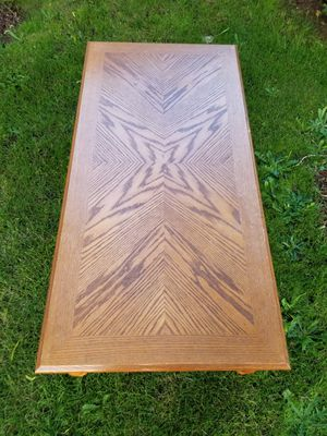 "Coffee table.... 4' by 2' by 16"" tall... Good condition... for Sale in Gresham, OR"