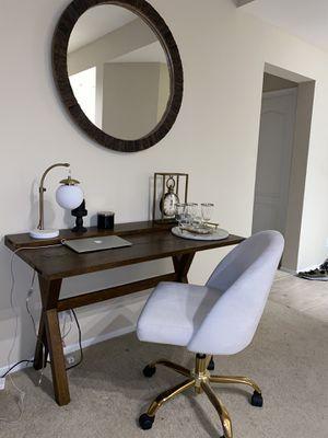 Chair $ 50 / desk $180 / mirror $100 for Sale in Newport Beach, CA