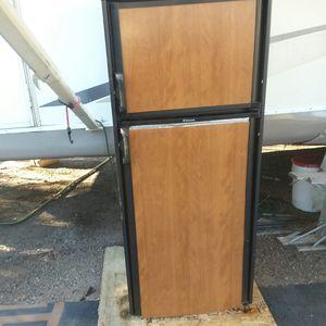 Dometic RV refrigerator for Sale in Peoria, AZ