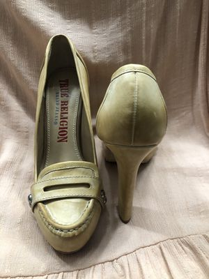 True Religion heels size 9 for Sale in Pleasanton, CA