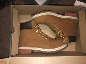 Woman's Timberlands size 5 for Sale in Phoenix, AZ