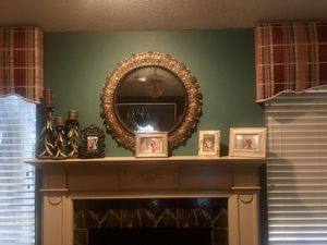 🌸Beautiful Wall Mirror/Home Accessory 🌸 for Sale in San Antonio, TX