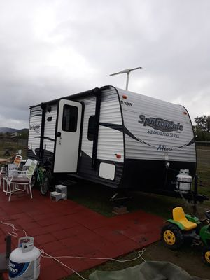 2016 rv trailer 18 ft only used a few times everything works great for Sale in Winchester, CA