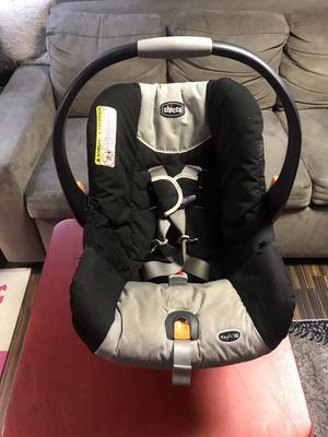 Chicco KeyFit30 Infant Car Seat for Sale in New York, NY