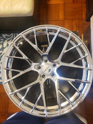 20 ruff chrome BMW 5X120 rims NEW make an offer for Sale in North Miami Beach, FL