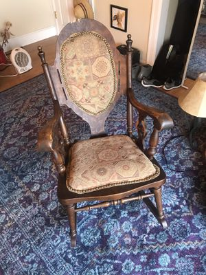 Antique rocking chair for Sale in Tukwila, WA