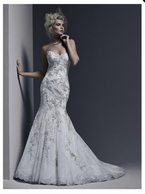 GORGEOUS Gintare Wedding Dress by Sottero and Midgley for Sale in Santa Clarita, CA