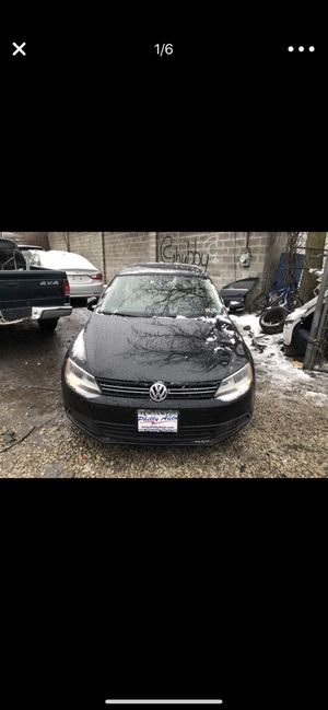 Volkswagen 2013 37,000 miles $8,000 for Sale in Silver Spring, MD