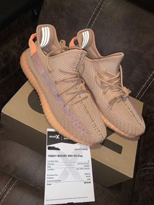 Yeezy 350 v2 Clay size 12 for Sale in Westerville, OH