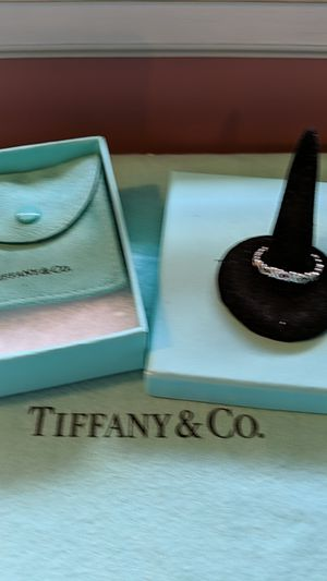 Tiffany Kisses & Hugs Band Ring Size 7 for Sale in McKeesport, PA