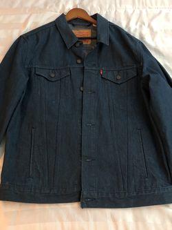 Levi's Denim Jacket XL for Sale in Las Vegas,  NV