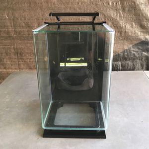 Glo Fish Betta Aquarium Fish Tank 3 Gallon for Sale in Norwalk, CA