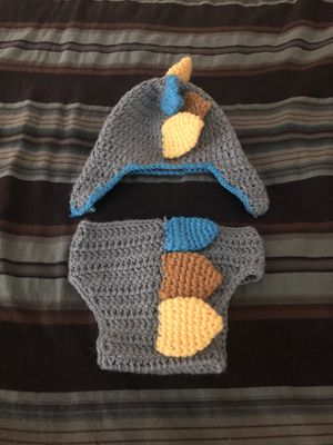 Baby boy Dino knitted outfit for Sale in Las Vegas, NV