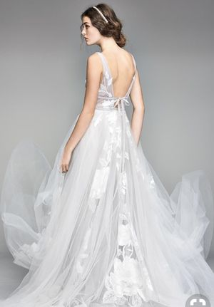 Willow - Galatea Wedding Dress with Veil for Sale in Whittier, CA