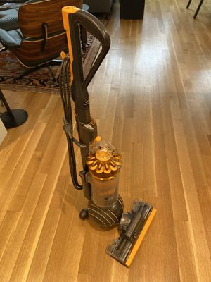 DYSON UPRIGHT VACUUM , BALL MULTI FLOOR 2 for Sale in Brooklyn, NY