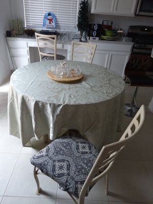 Glass Dining Table with 4 Chairs for Sale in Henderson, NV