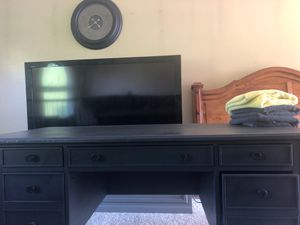 Desk for Sale in Canonsburg, PA